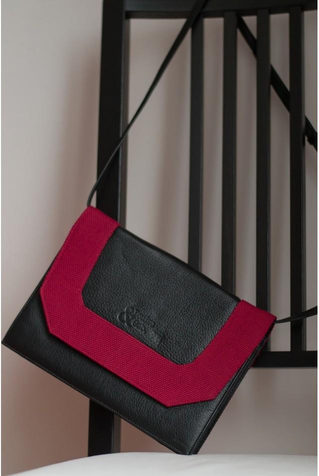 Sacoche noir et rose framboise