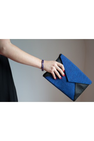 Enveloppe noire et bleu nuit